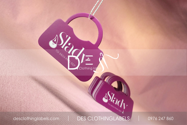 Thẻ treo bế hình túi xách shop Slady - túi xách phái đẹp